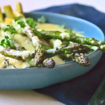 ASPARAGUS ON LIGHT MASH WITH CREAMY LEMON SAFFRON SAUCE