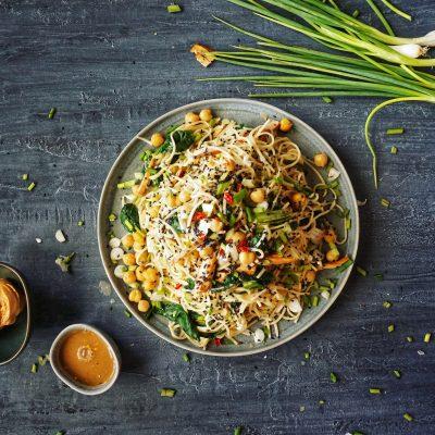 Pad thai, noodle salad, thailand, best ever, foodporn, vegan, recipe, summery, easy, quick, chickpeas, asian